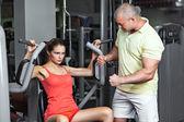 Séance d'entraînement avec entraîneur personnel — Photo