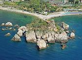 Coastline of taormina in sicily - Isola Bella — Stock Photo