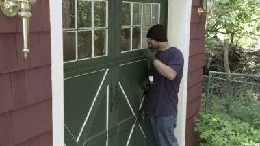 Burglar Locked Door — Stock Video