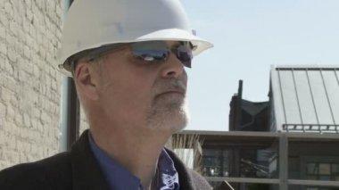 Building contractor — Stock Video