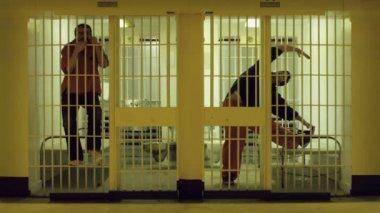 Hapishane streç — Stok video