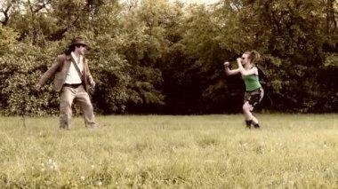 Whip v Gun — 图库视频影像