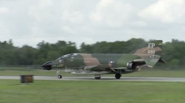 F-4 Phantom Take Off — Stock Video