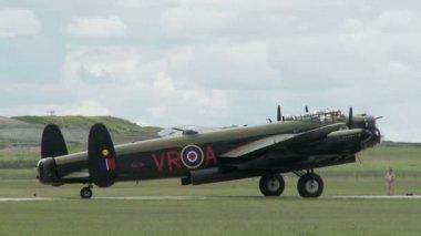 Avro Lancaster Engine Start — Stock Video