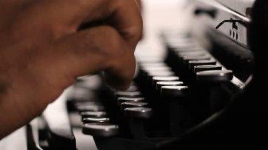 手动键入 — 图库视频影像