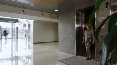Elevator Exit — Stock Video