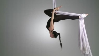 Aerial Yoga Inverted — Stock Video
