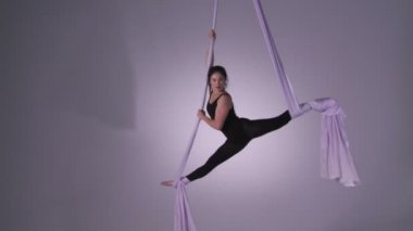 Aerial Yoga Splits And Spins — Stock Video