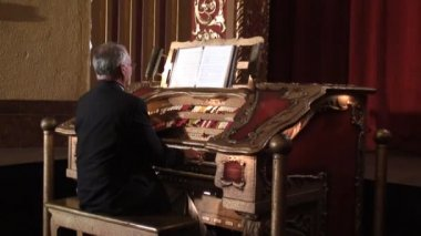 Theater Organist — Stock Video