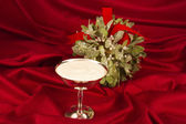 Eggnog with Mistletoe — Stock Photo