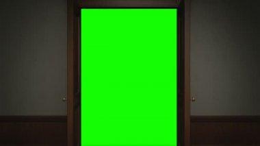 Door opening with chroma key — Stock Video