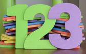 красочные номера 1, 2, 3, в ряд числа игрушки плоская пена — Стоковое фото