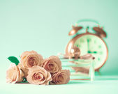 Vintage Still Life with Roses — Stock Photo