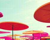 Umbrellas on beach — Stock Photo