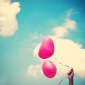 Heart Balloons in Vintage Blue Sky — Foto Stock