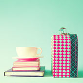 Lunch box and cup of tea or coffee — Stock Photo