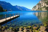 Lago di Garda - beautiful lake in north Italy — Photo