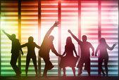 Silhuetas de pessoas dançando feliz — Vetorial Stock