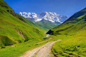 Main Caucasian ridge, Shkhara mountain. — Stock Photo