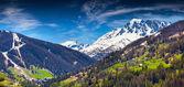 View of the ski resort Vars — Foto de Stock