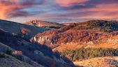 Autumn sunset in Crimea mountains. — Stockfoto