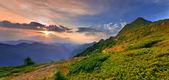 Paisaje en las montañas. — Foto de Stock