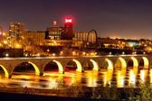 The Stone Arch Bridge — Stock Photo