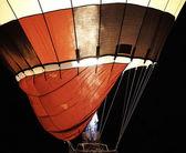 Varm luftballong på natten — Stockfoto