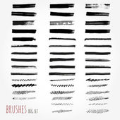 Big set of brushes. Abstract hand drawn ink strokes — Stock Vector