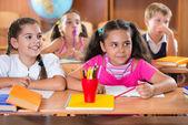 šťastné děti během lekce v učebně