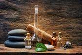 Fläschchen mit ätherischen Ölen