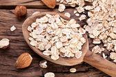 Oves a ořechy