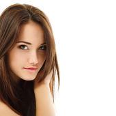 Dospívající dívka krásná veselá těší izolované na bílém