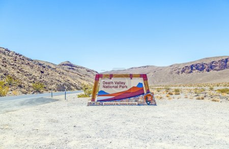 Постер, плакат: Artists Point Along Artists Drive Death Valley National Park, холст на подрамнике