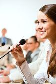 Business-Frau in Konferenz