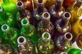 Schmutzigen Flaschen