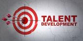 Koncepce vzdělávání: cíle a talent vývoj na zeď na pozadí