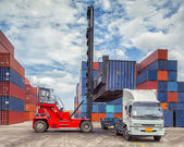 Kran Lifter behandelnden Container Feld laden