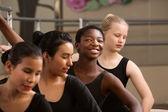 Büszke balett diák