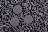 Aktivkohle Granulat und Tabletten