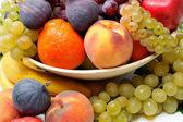 čerstvý různé ovoce