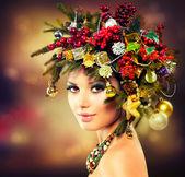 Krásný vánoční stromeček dovolenou účes a make-up