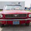 Постер, плакат: 1966 Red Ford Mustang Convertible Front View