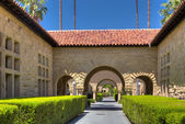 Stanford Denkmal Gericht