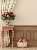 Rosa Tisch mit Blumen