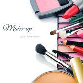 Barevný make-up produkty