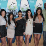 Постер, плакат: Kendall Jenner Kourtney Kardashian Kim Kardashian Kylie Jenner Khloe Kardashian Lamar Odom