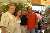 Larry joe campbell, kimberly williams, courtney thorne-smith e jim belushi nel weekend abc primetime anteprima, avventura di disney california, anaheim, ca 06/09/03