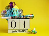 Frohes neues Jahreskalender mit Dekorationen