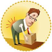 Uomo, una scatola di sollevamento in modo errato
